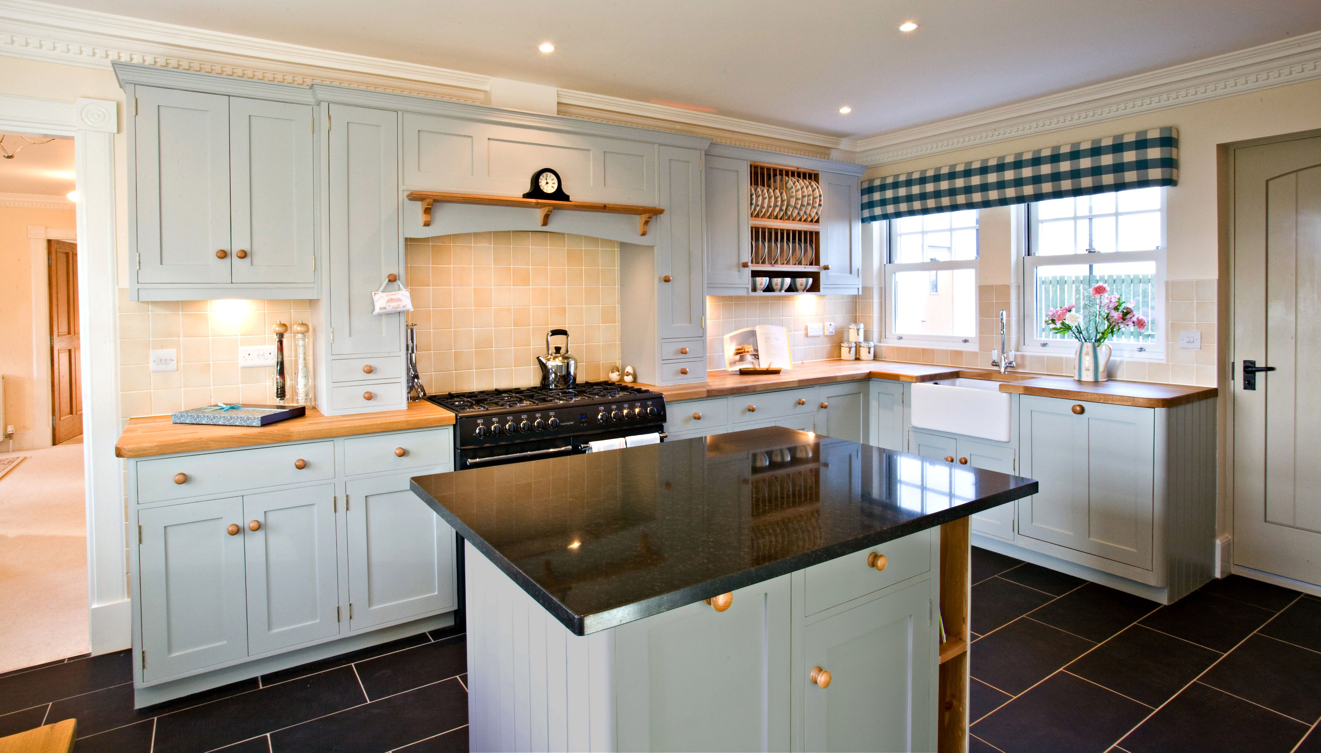 kitchens design All our kitchens are bespoke and built to the exact size and shape to fit the shape of your room perfectly