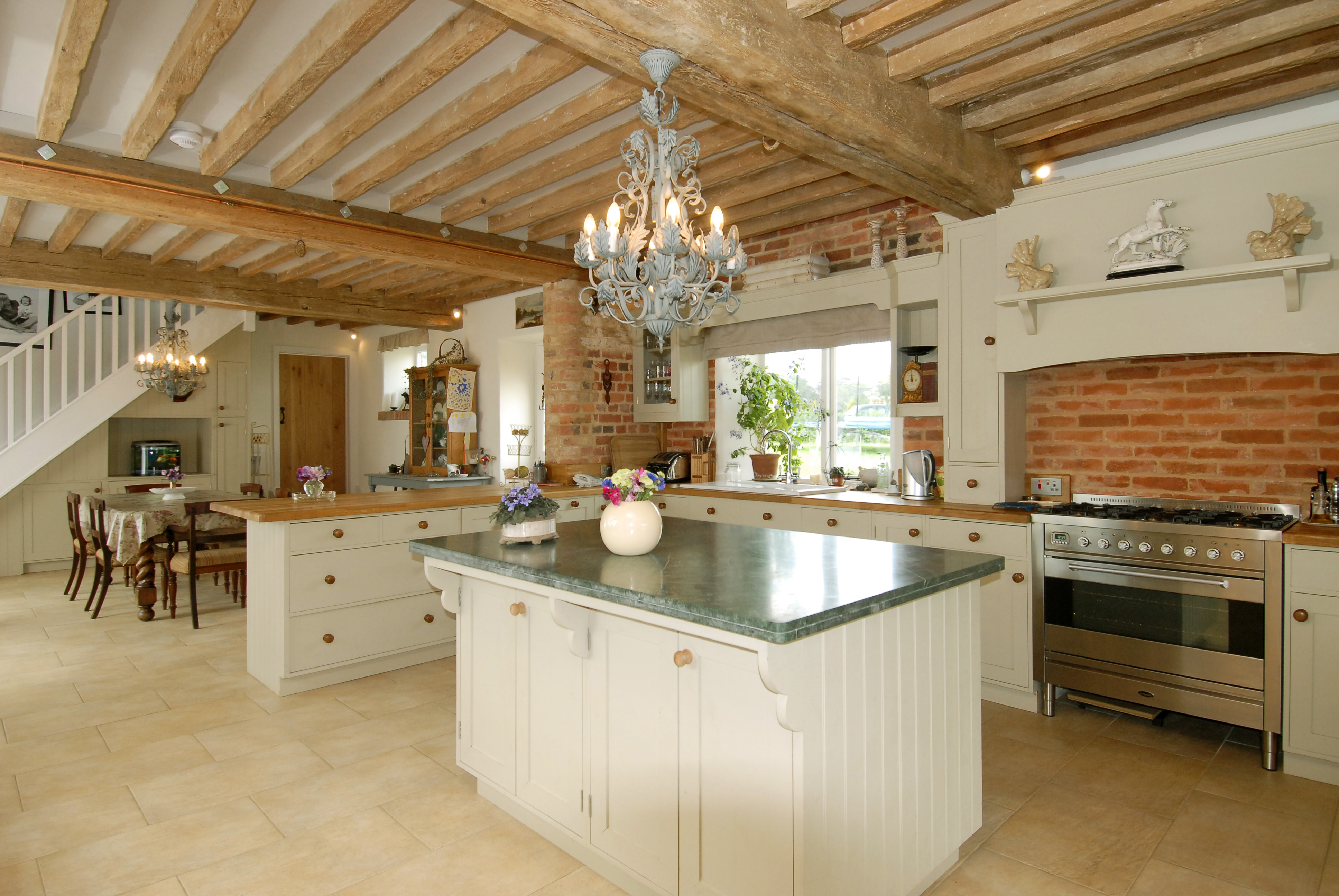Open Plan fitted Kitchen