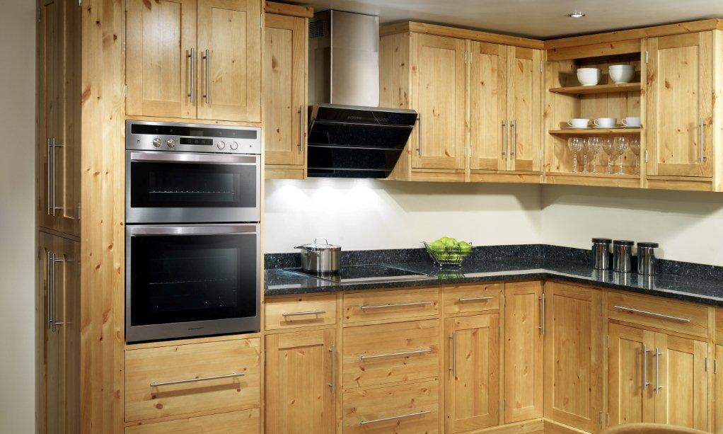 Gallery pineland furniture ltd for Shaker style kitchen with granite